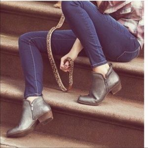 Lucky Brand Bartolino Pewter Ankle Boots